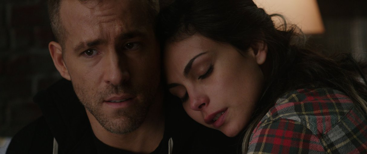 deadpool clip with ryan reynolds and morena baccarin